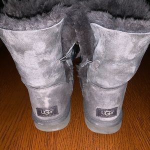 Bailey Button Uggs size 8